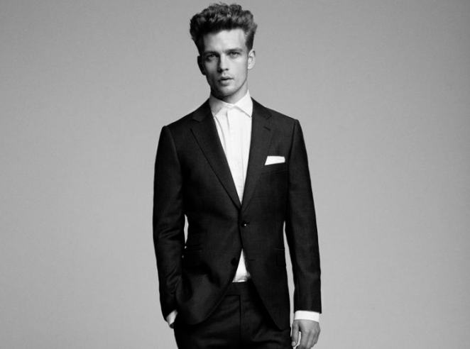 Rent or Buy? Choosing Your Perfect Wedding Suit
