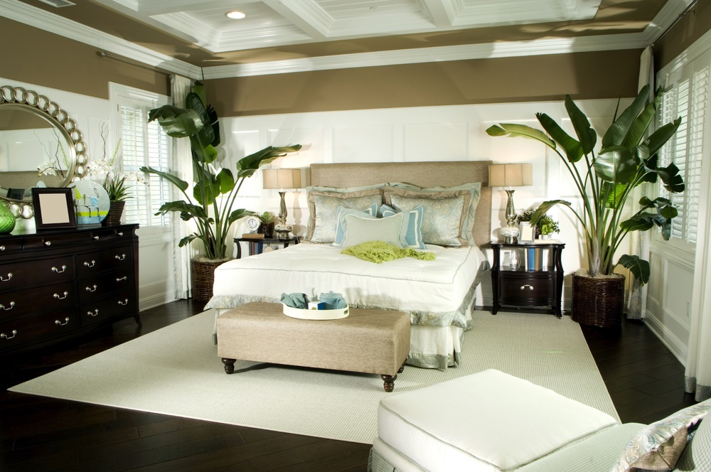 Going Green In The Bedroom Doesn\'t Just Mean Painting The Walls