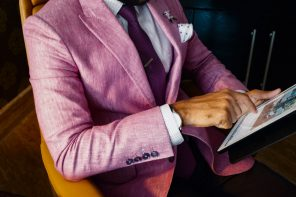 How to dress like you're wealthy even if you're not